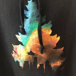 Casual Industrees Shirts - Casual Industrees Seattle Men's Graphic Hoodie